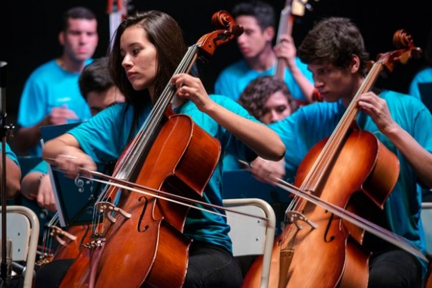 Orquesta De Cordas Do Insituto Gpa de Brasil